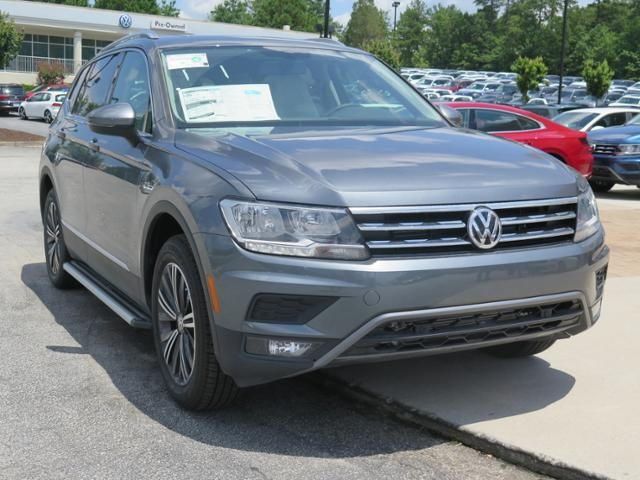 New 2019 Volkswagen Tiguan 2 0L TSI DOHC SEL With Navigation